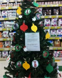 Rescue Angel Tree at Pet Supplies Plus in Oak Ridge